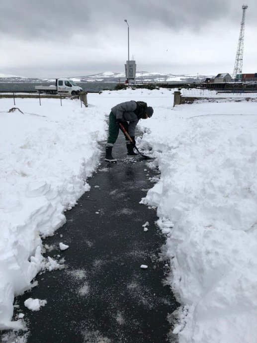 Seafield House Snow Clearing